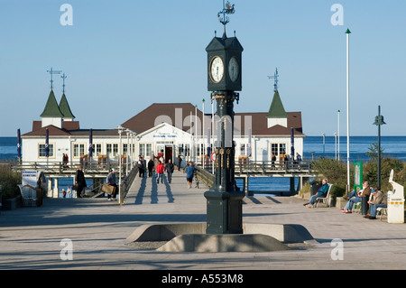 Island of Usedom Mecklenburg-Vorpommern Germany Ahlbeck long case clock in front of the tourim pier - Stock Photo