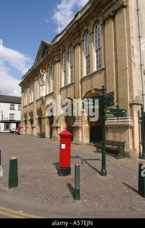 UK Wales Gwent Monmouth Shire Hall - Stock Photo