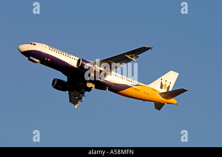Airbus 320-212 Twin engined Medium haul airliner of Monarch Airlines Ltd.  XAV 4839-454 - Stock Photo