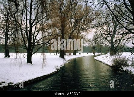 Europe, Travel, Germany, Munich, Englischer, Garten, english, Garden, winter, schwabing, Eisbach, Natur - Stock Photo