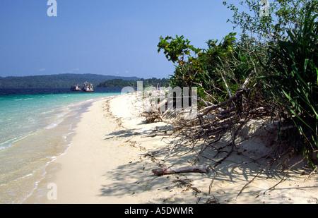 India South Andaman Island Mahatma Gandhi Marine National Park Jolly Buoy beach - Stock Photo