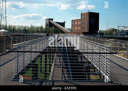 Gelsenkirchen, ehemalige Zeche Nordstern, BUGA 97, Kohlenmischanlage mit Stegen