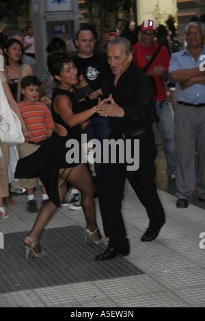 Buenos Aires Tango Tanz Tanzen Taenzer Taezerin Dance Dancing Dancer Tripper - Stock Photo
