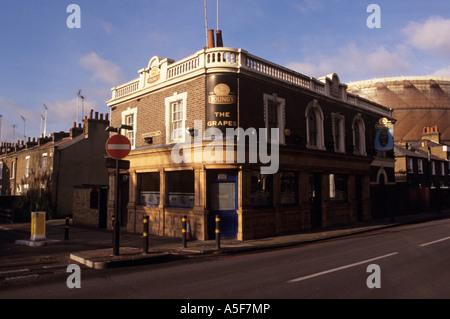 Street scene with old public house on corner of Fairfield Street, Wandsworth, London, UK - Stock Photo