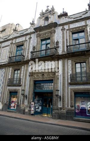 Sanborns department store casa de los azulejos house of for Palacio de los azulejos mexico