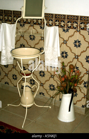 Oldfashioned washing cabinet - Stock Photo