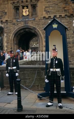 Guards at the Gatehouse Entrance on the Castle Esplanade, Edinburgh Castle, Edinburgh, Scotland, UK - Stock Photo