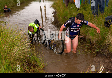 Competitor In Annual World Mountain Bike Bog Snorkelling Stock