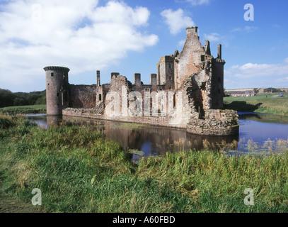 dh Caerlaverock Castle CAERLAVEROCK DUMFRIES Triangle castle moat Mudrochs Tower galloway solway ruins scotland castles
