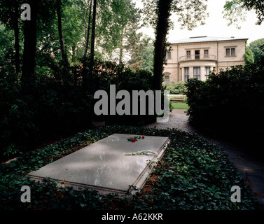 Bayreuth, Haus Wahnfried, mit Grab Richard Wagners - Stock Photo