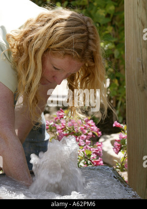 Charlie dimmock one of the groundforce team a celebrity for Ground force garden designs