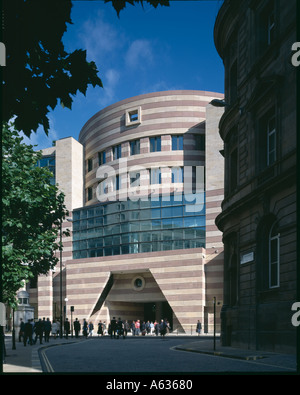 No. 1 Poultry, City of London, 1994-97. Exterior. Architect: Stirling and Wilford - Stock Photo