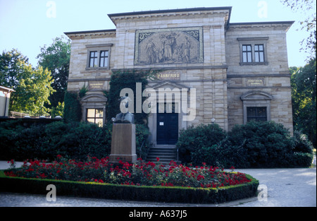 Statue of Richard Wagner in front of house, House Wahnfried, Bayreuth, Upper Franconia, Bavaria, Germany - Stock Photo