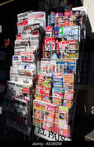 united kingdom central london a magazine display - Stock Photo