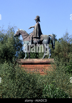 Round Hill Aldershot Hampshire England UK close up statue of the first Duke of Wellington mounted on his horse - Stock Photo