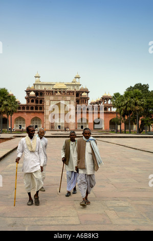 Aged villagers at Akbars tomb at Sikandra Agra India - Stock Photo