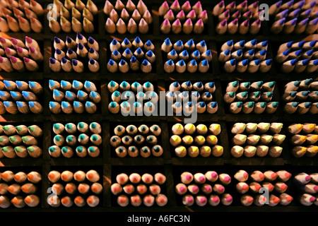 coloured sorted color pencils farblich sortierte Buntstifte Stock Photo