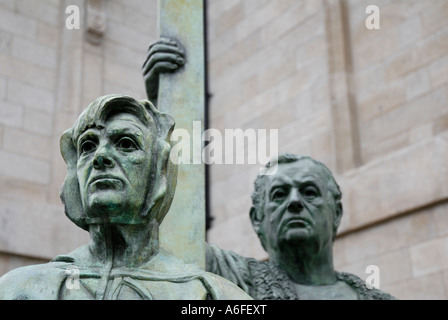 Statue of Murdered Mayors - Francis Taylor and Margaret Ball, St Mary's Pro-Cathedral, Dublin, Ireland - Stock Photo