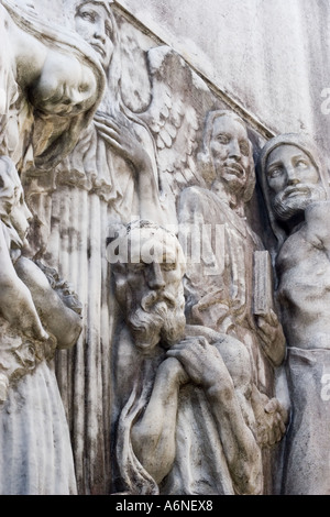 Design on a tomb in the cemetary at Recoleta - Stock Photo