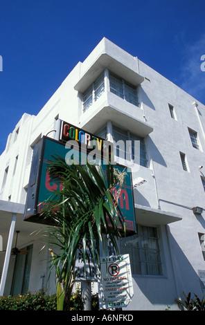 Art deco hotel, South Beach, Miami - Stock Photo