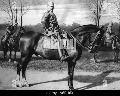 William II, 27.1.1859 - 4.6.1941, German Emperor, 15.6.1888 - 9.11.1918, full length, sitting, horse, 1914, riding, uniform, mil