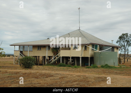 a typical raised Queensland farm house Emerald area  Central Queensland - Stock Photo