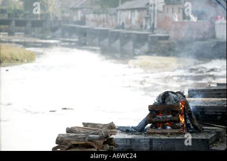 Asia Nepal Kathmandu November 2003 Pashupatinath On the banks of Bagmati are raised platforms used as cremation - Stock Photo