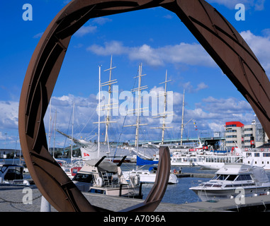 Sail training ship 'Viking' and Lilla Bommens Hamn seen through a steel sculpture, Packhuskajen, Göteborg, Sweden. - Stock Photo