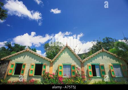 Romney Manor, restored chattel houses and home of Caribelle Batik on St. Kitts - Stock Photo