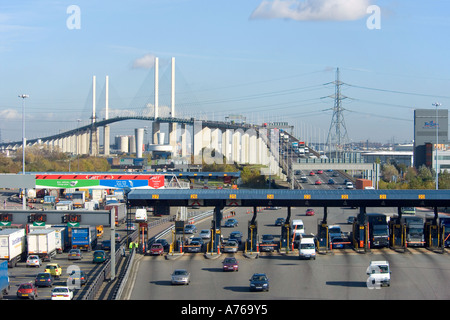 A compressed perspective view of traffic entering and leaving the tolls of the QE2 bridge on the M25 motorway. - Stock Photo