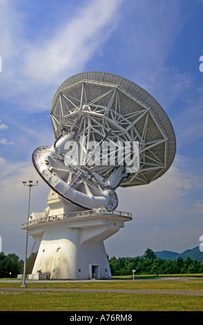 Telescope at the National Radio Astronomy Observatory Green Bank West Virginia USA - Stock Photo