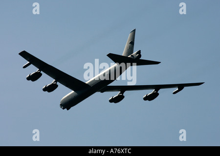 USAF B 52H flies by in blue sky at RIAT 2005 RAF Fairford Gloucestershire England UK - Stock Photo