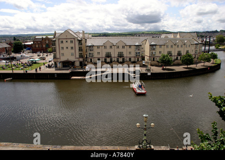 UK Devon Exeter Exe River ferry from Colleton Crescent - Stock Photo