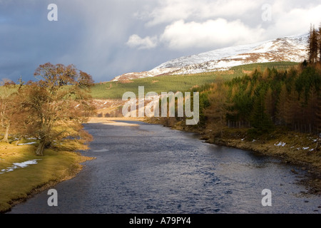 Winter View towards Morrone Hill along the river Dee as seen from Victoria Bridge Mar lodge, Cairngorm National - Stock Photo