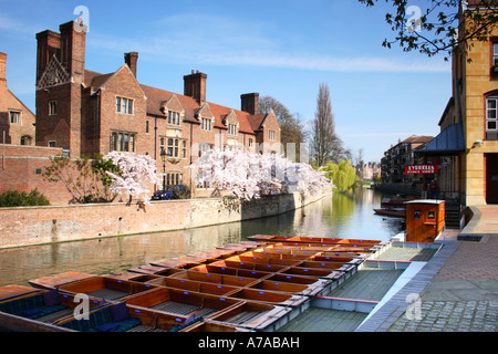 Quayside and Magdalene College, Cambridge, England. - Stock Photo