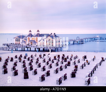 4019 Germany Mecklenburg Vorpommern the pier and beach of sea resort SELLIN on Baltic Sea island of RUEGEN - Stock Photo