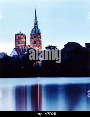4019 Germany Mecklenburg Vorpommern view over the lake Knieperteich to the city of Stralsund - Stock Photo
