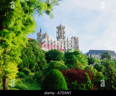 FRANCE PICARDY LAON NOTRE DAME CATHEDRAL - Stock Photo