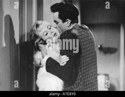 FIVE MINUTES TO LIVE Johnny Cash in the 1962 film aka DOOR TO DOOR MANIAC with Pamela Mason - Stock Photo