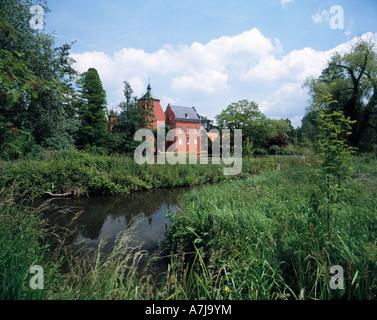 Wasserschloss und Schlossgarten Bloemersheim in Neukirchen-Vluyn, Niederrhein, Nordrhein-Westfalen - Stock Photo