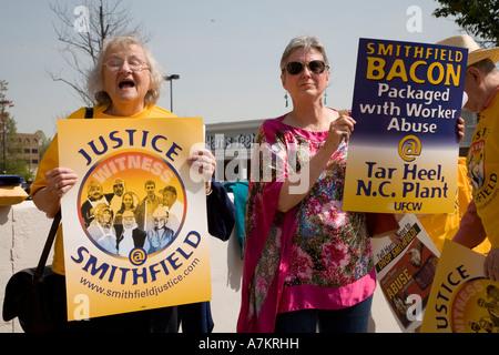 Union Organizing Campaign at Smithfield Foods - Stock Photo