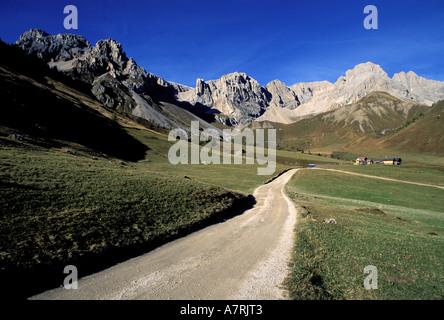 Italy, Venetia, Dolomites Natural Park, San Pellegrino - Stock Photo