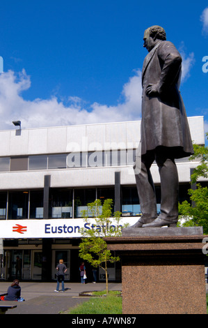 Statue of Robert Stephenson outside Euston Railway Station London England - Stock Photo