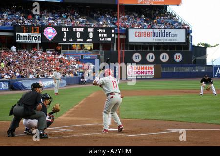 New York Mets taking on the Philadelphia Phillies at Shea Stadium, August 4th, 2006, Flushing, NY, USA - Stock Photo