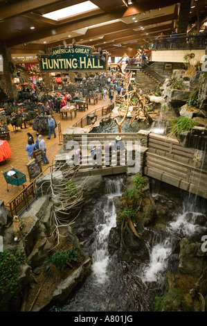 ... USA, Missouri, Springfield, Bass Pro Shops Outdoor World, Outdoor  Recreational Store,