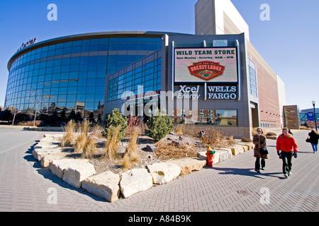 Xcel Energy Center Stock Photo: 112050361 - Alamy