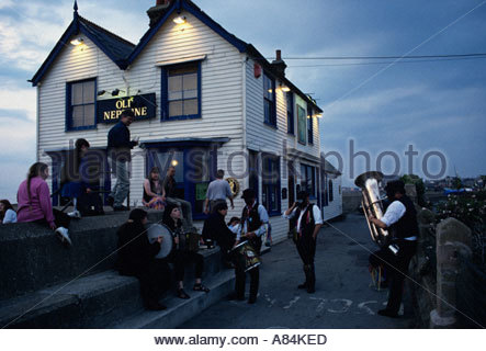 Folk dancers and musicians at the Neptune pub in Whitstable, UK - Stock Photo