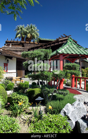 Oriental landscaping and decor at the Kobe Japanese Steak House ...