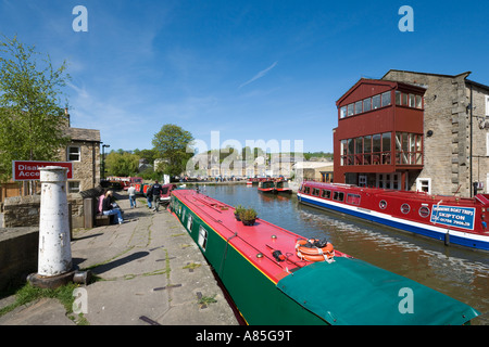 Narrow Boats on the Leeds-Liverpool Canal, Skipton, Yorkshire Dales National Park, North Yorkshire, England ,UK - Stock Photo