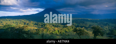 Volanco Arenal Zona Norte Costa Rica - Stock Photo